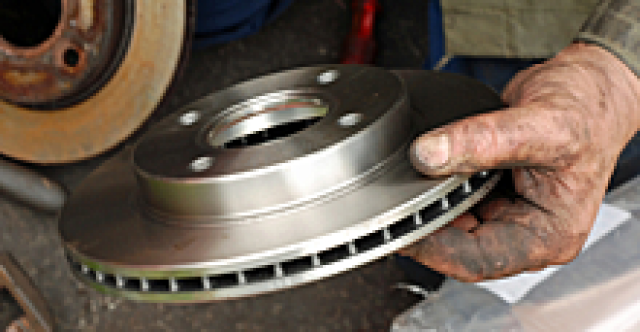 Early warning signs indicate worn out brakes